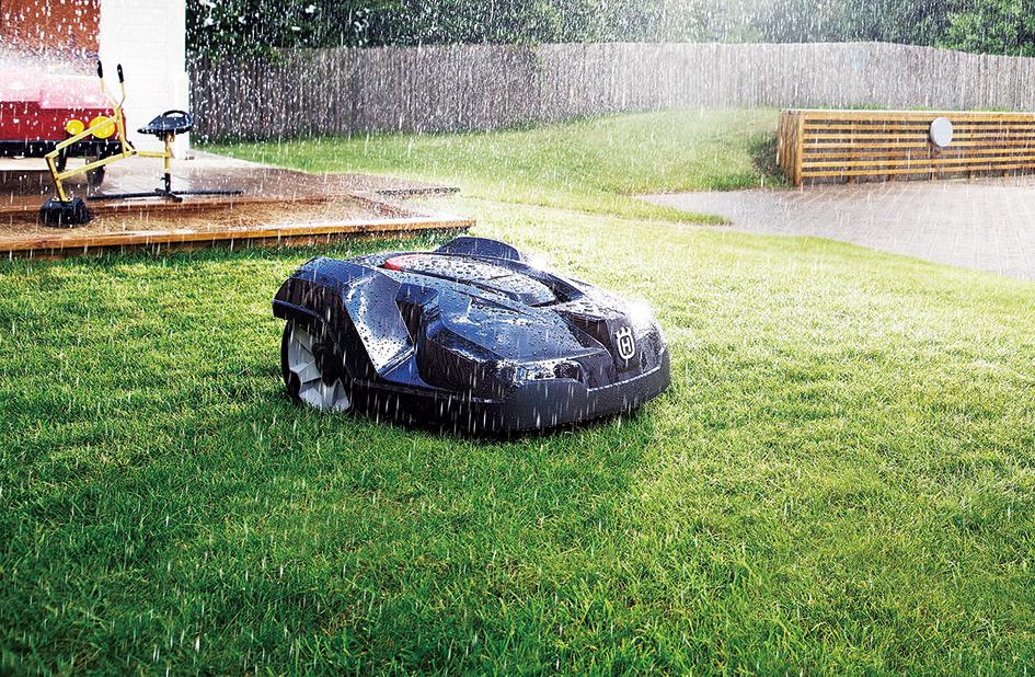 芝刈から後処理まで、AUTOMOWER™に全ておまかせ。